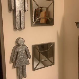 Steel Decor Pieces for Bathroom